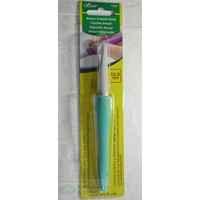Clover Amour Crochet Hook, Easy Grip Elastomer Handle, 12.0mm #1058