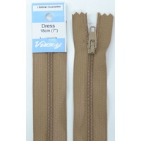Vizzy Dress Zip, 18cm Colour 10 CAMEL, A Quality Brand Name Zipper